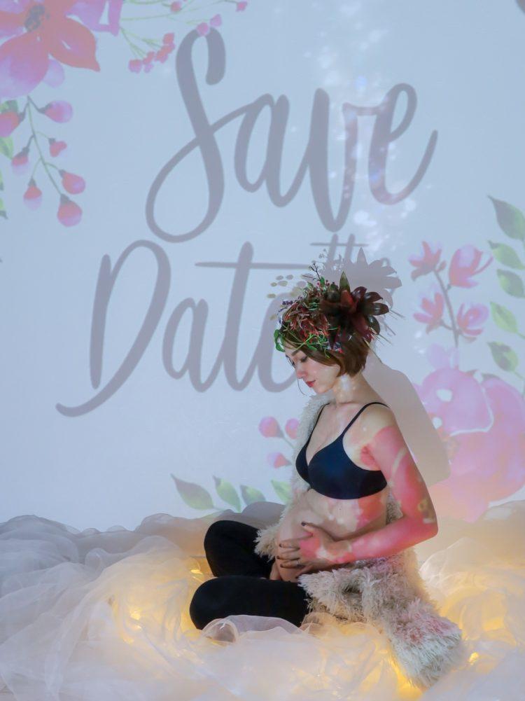 【撮影レポート】アートなマタニティーフォト♪プロジェクター投影と草花ヘアアレンジで屋内撮影